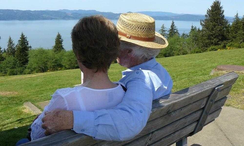 társkereső weboldalak harmóniája randevú egy átlagos srác